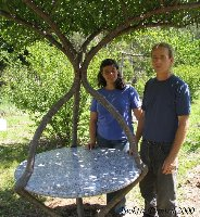 living_garden_table_becky_and_pete